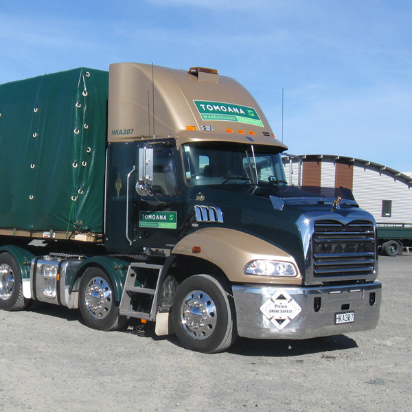 Tomoana-Warehousing-Mack-Granite-8x4T-600x600