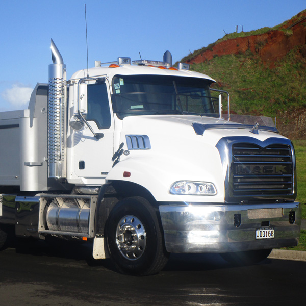 Chris-Carlssons-Mack-Granite-500-64-0615