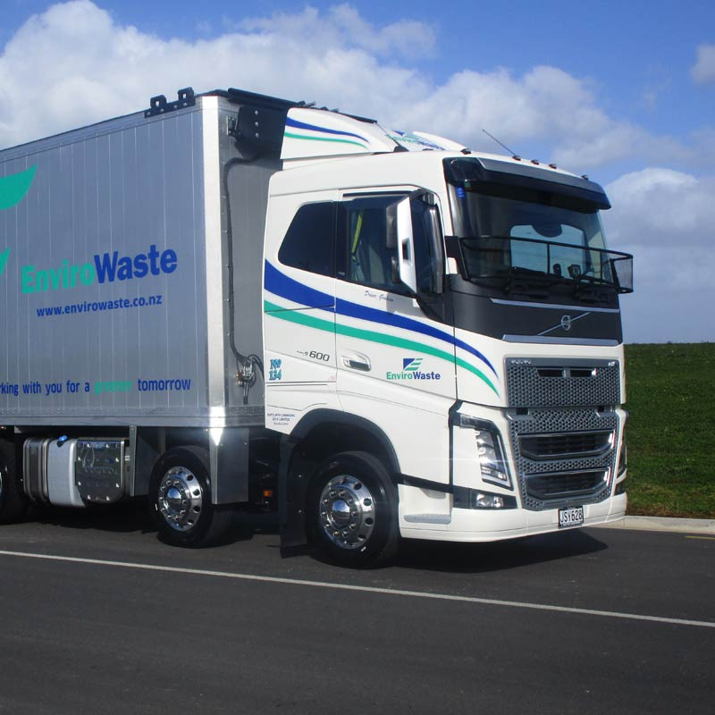 Sutcliffe-Carriers-Volvo-FH16-600-84x-web